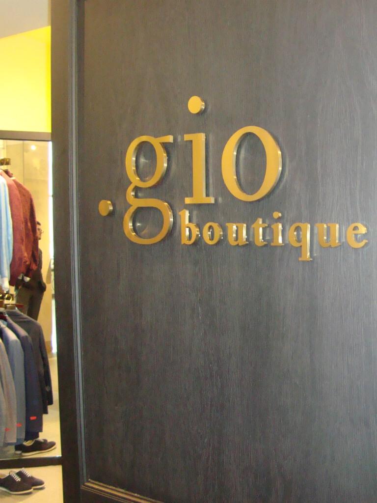 Объемные буквы из нержавеющей стали Gio boutique